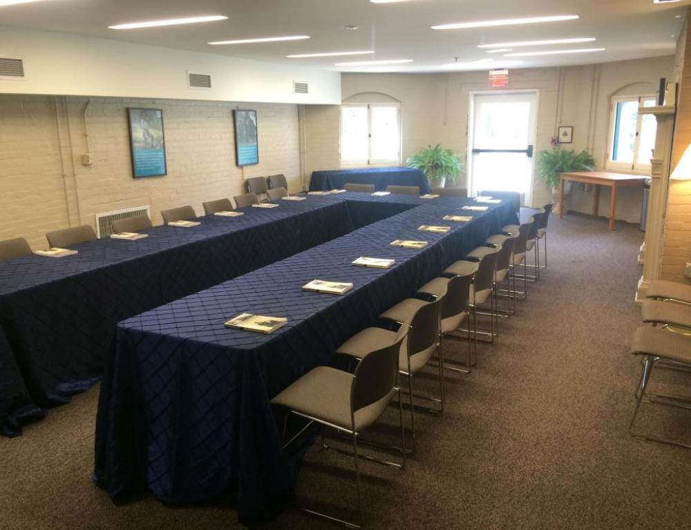 The Group Program Room, located in the Robert H. Smith Visitor Education Center, is perfect for team meetings or leadership retreats!