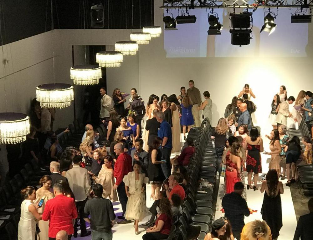 Theater standing reception