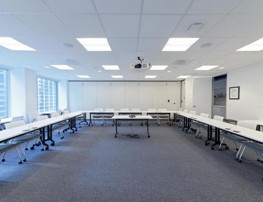 Picture your board meeting in our light filled rooms