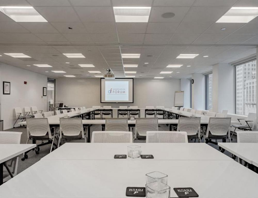 Envision yourself and your attendees in a our large upgraded conference room