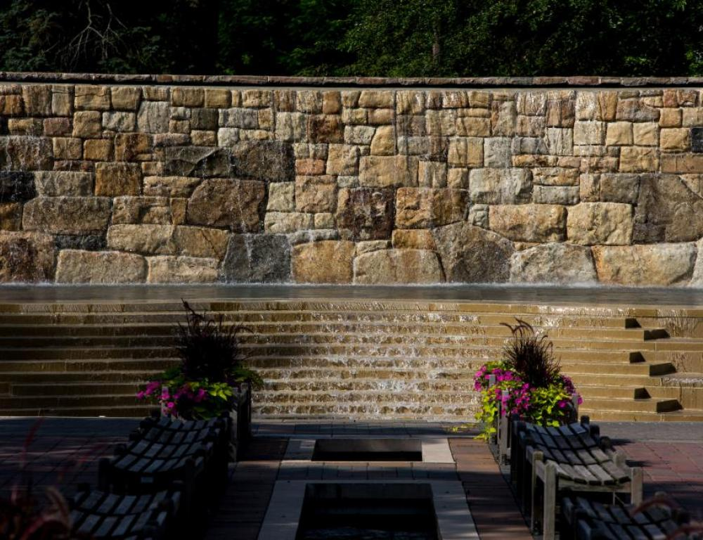 Have your formal ceremonies at the Historic Alumni Fountain