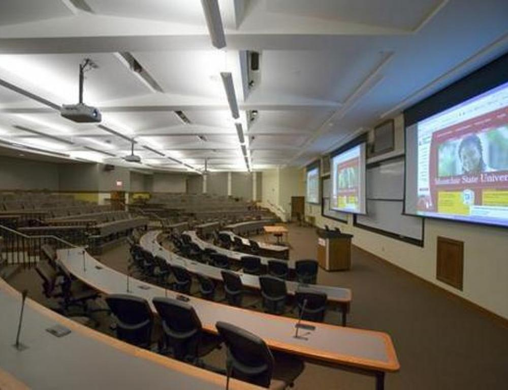 University Hall Lecture Halls and Classrooms offer built in AV and Smart Board technology