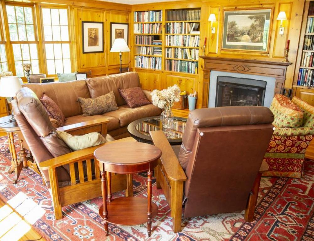 Cozy library with fireplace