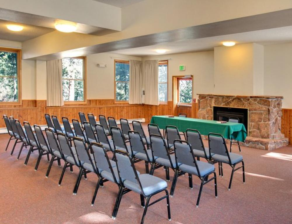 Meeting space for all size groups