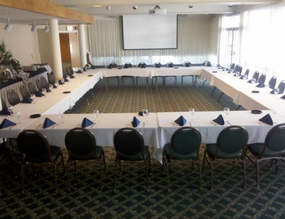 Morrison Room of Willits-Hallowell-flexible meeting space for up to 120 people theater style