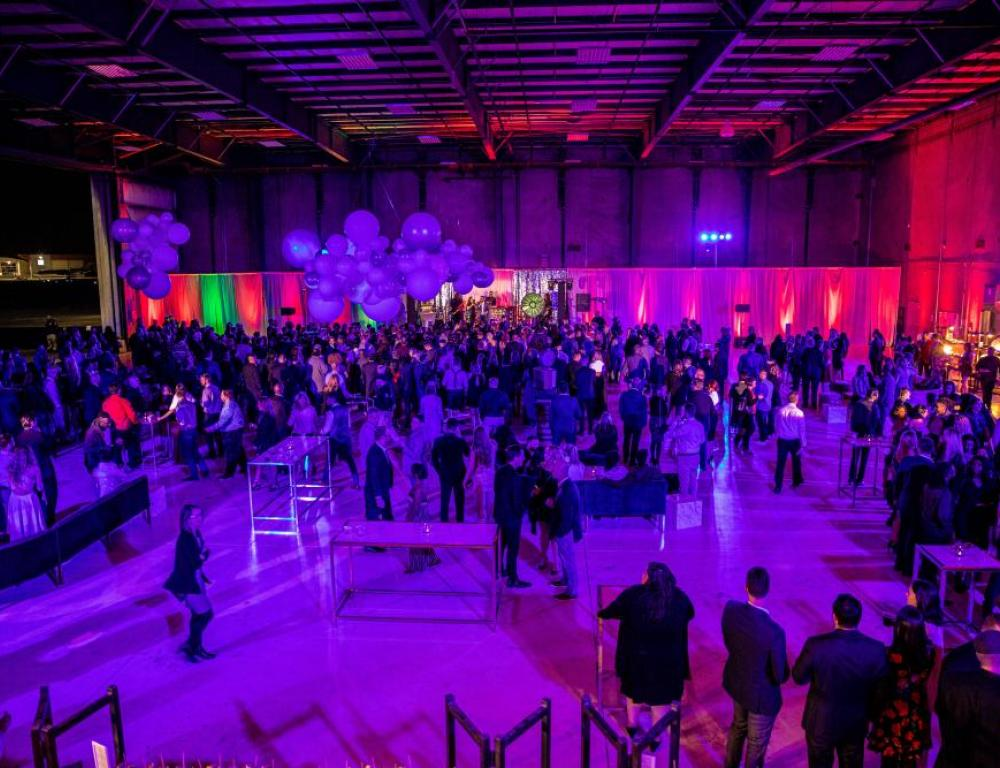 Cocktail Party in the Blackbird Hangar 1200 people