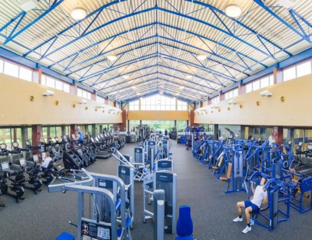 The Student Recreation Center is available for guests at a low-cost daily rate.  Basketball courts and the pool can be rented seperately.