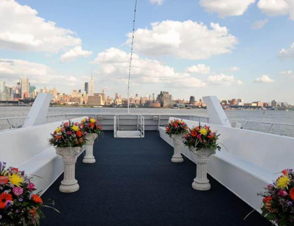 Hudson Harbor Outdoor Wedding Ceremony Deck with Cushioned Dual-Bench Seating