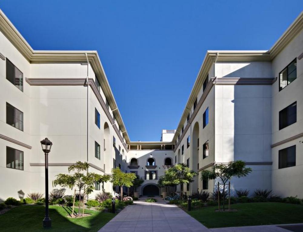San Buenaventura Apartments