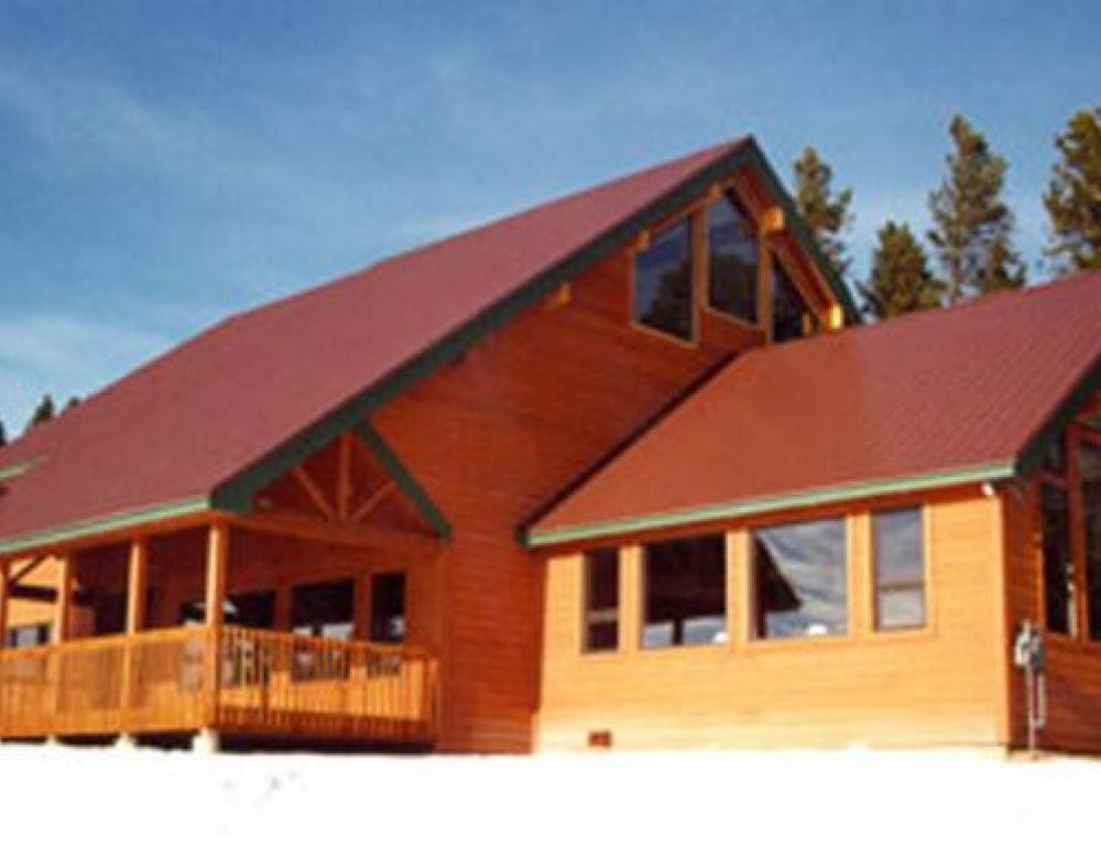 Family reunion cabins sleep up to 40