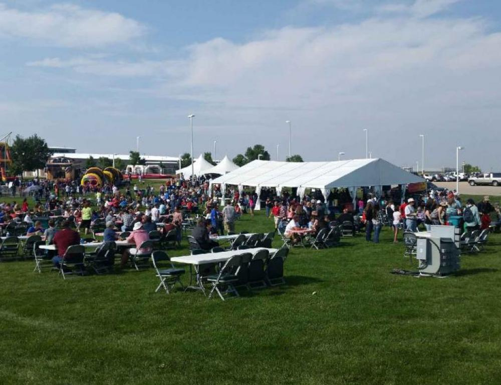 Can accommodate picnics and outdoor events with 2,000+ guests