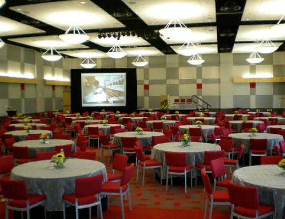 The Student Union ballroom offers a classy space for seated dinners or large presentations.