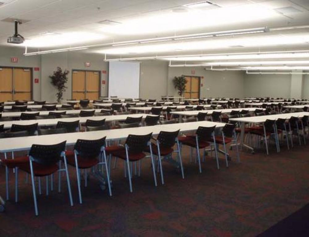 The UNLV campus provides a distraction-free place for your meetings, but is close to entertainment after the business.