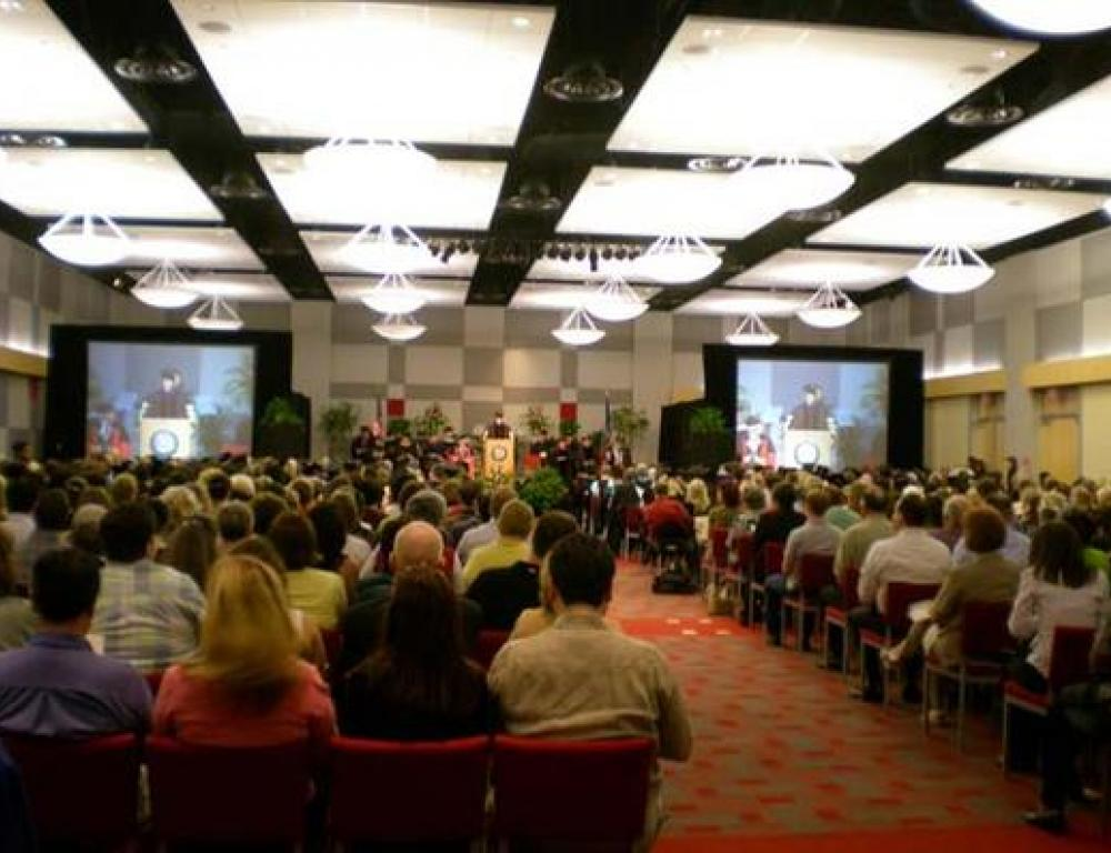 Seat up to 750 in the Student Union ballroom. Customized audio visual, lighting and staging enhance your event.