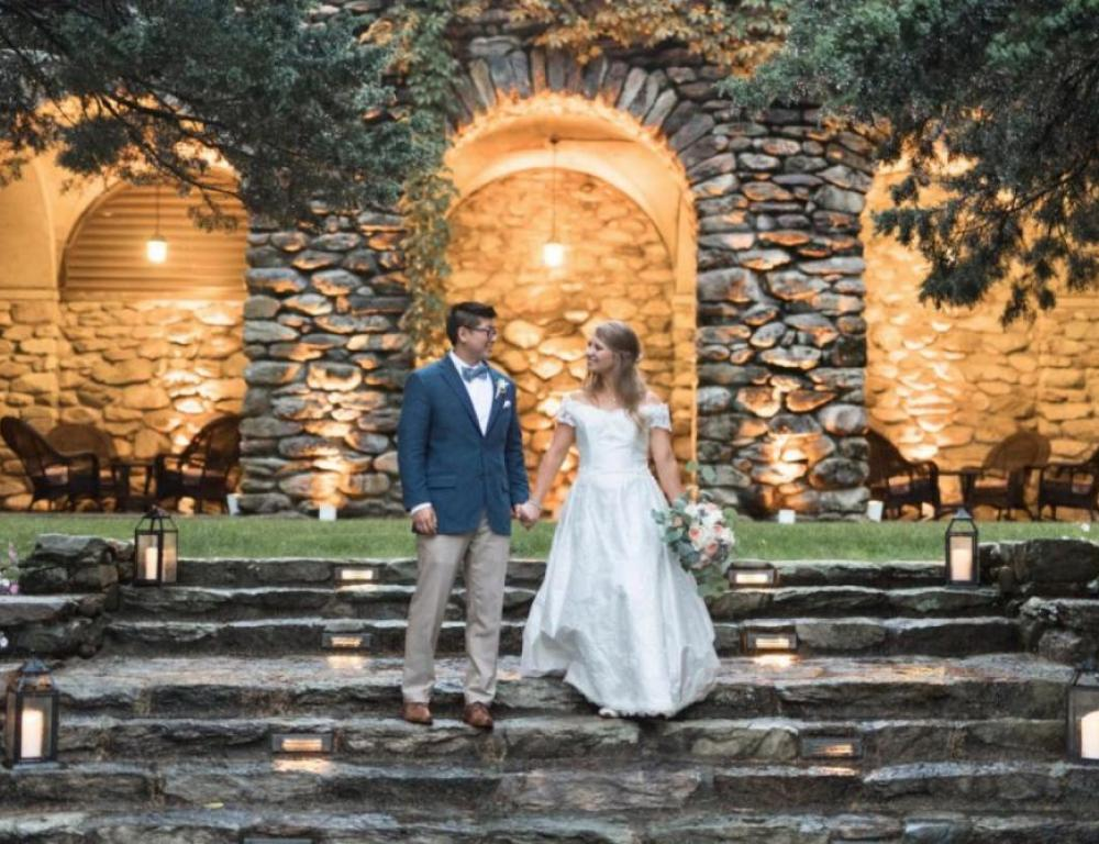 Bride and Groom at The Arches (Greg Brett Photography)