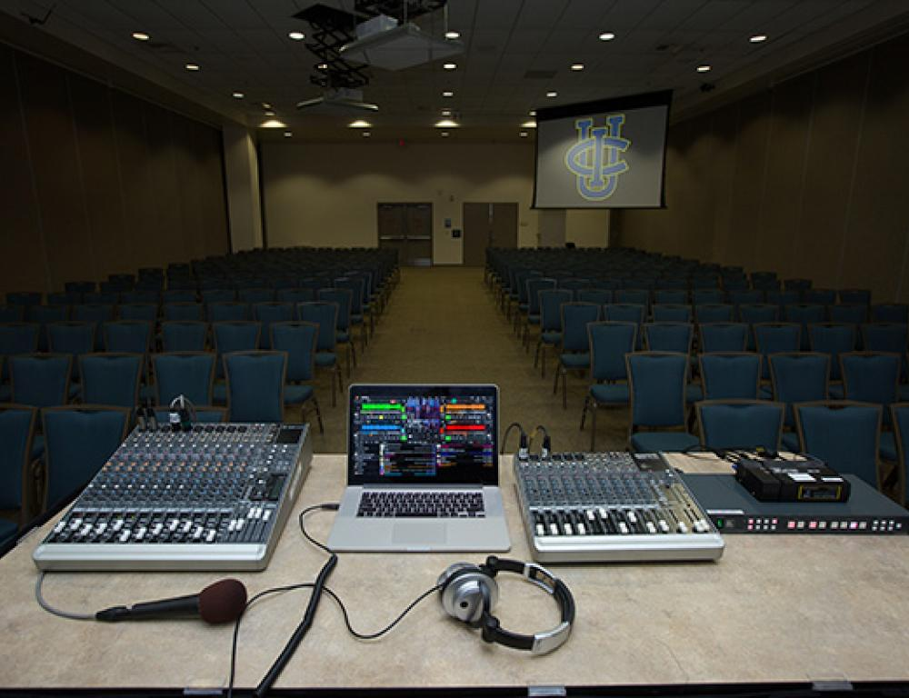 State of the Art Digital AV System with CMP® certified technicians