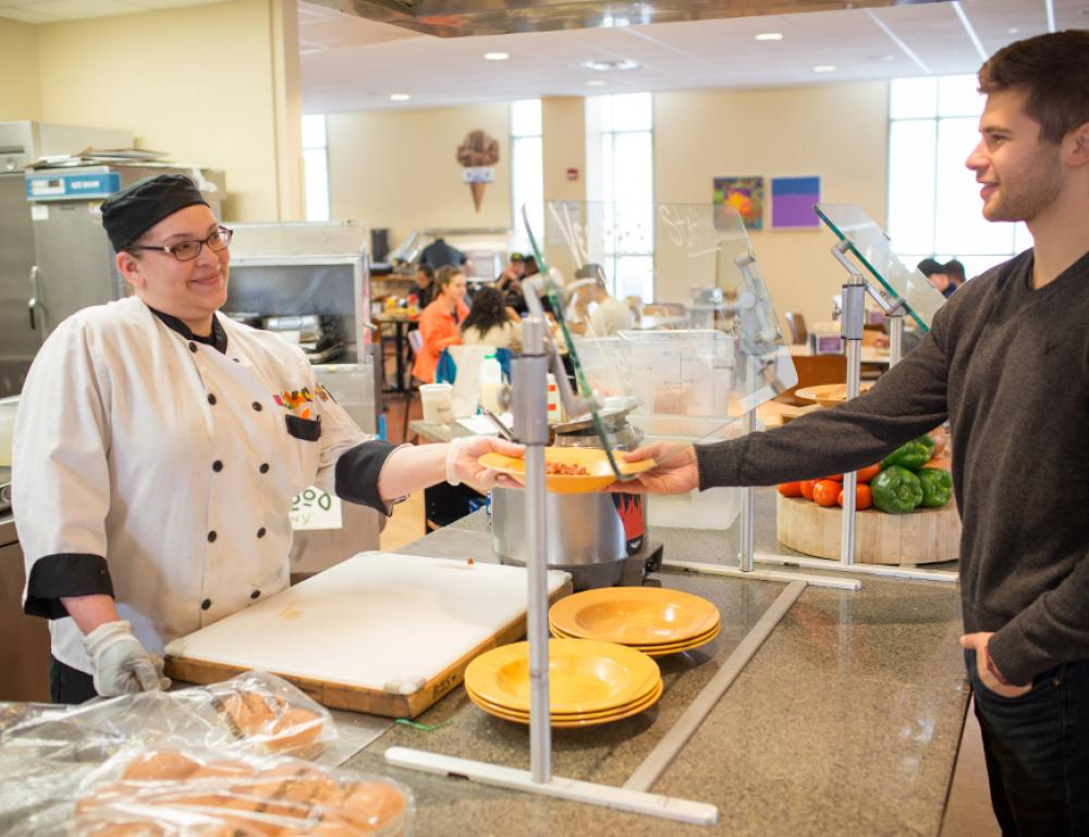 The Fresh Food Company features an all-you-care-to-eat style of service.