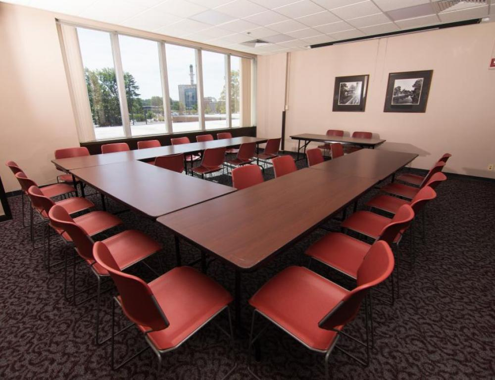 Student Center - Meeting Room (River Room)