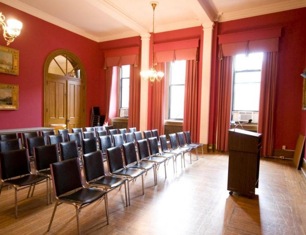 Rose Parlor- classic meeting space for small groups under 60