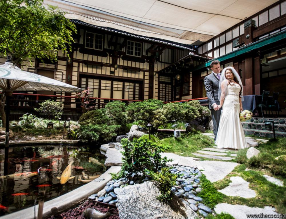 Couple in The Garden Courtyard For Wedding